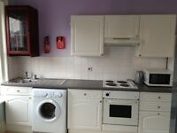 *** EN-SUITE room in centre in B'mouth, fully furnished ***