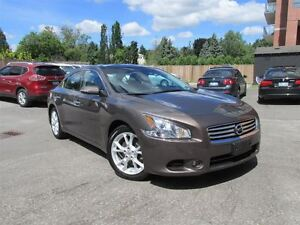 2013 Nissan Maxima SV w/Navigation, Back up camera, Pano roof