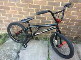 "Bmx , mongoose scan r50 , 20"" wheel"