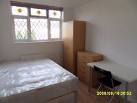 beautiful double room very nice location clost to high street, 10 min elephant castle stn
