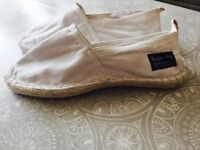 New white Superdry Men's shoes Size 9