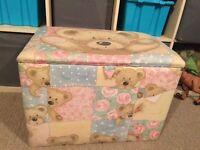 Padded toy box/seat