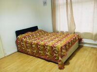 A LARGE DOUBLE ROOM AVAILABLE TO RENT