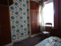 £300 PCM A Room To Let In A Shared House With All bills Included Cowbridge Road East Canton Cardiff