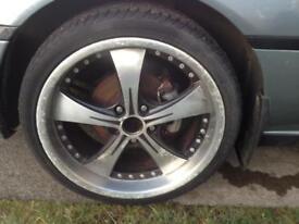 Toyota Alloys 225 x 40 x 18 tyres