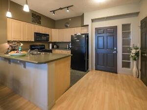 Wellington Court- GREAT INCENTIVES & 1 Bdrms start at $1100! Edmonton Edmonton Area image 1