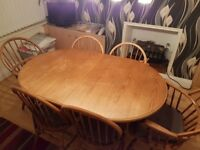 Dining table & 6 chairs excellent condition for sale