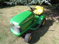 "Ride on lawnmower John Deere Lt166 42"" mulching deck ex condition"