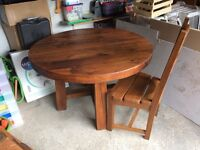 Solid oak round Dinning table and 4 chairs