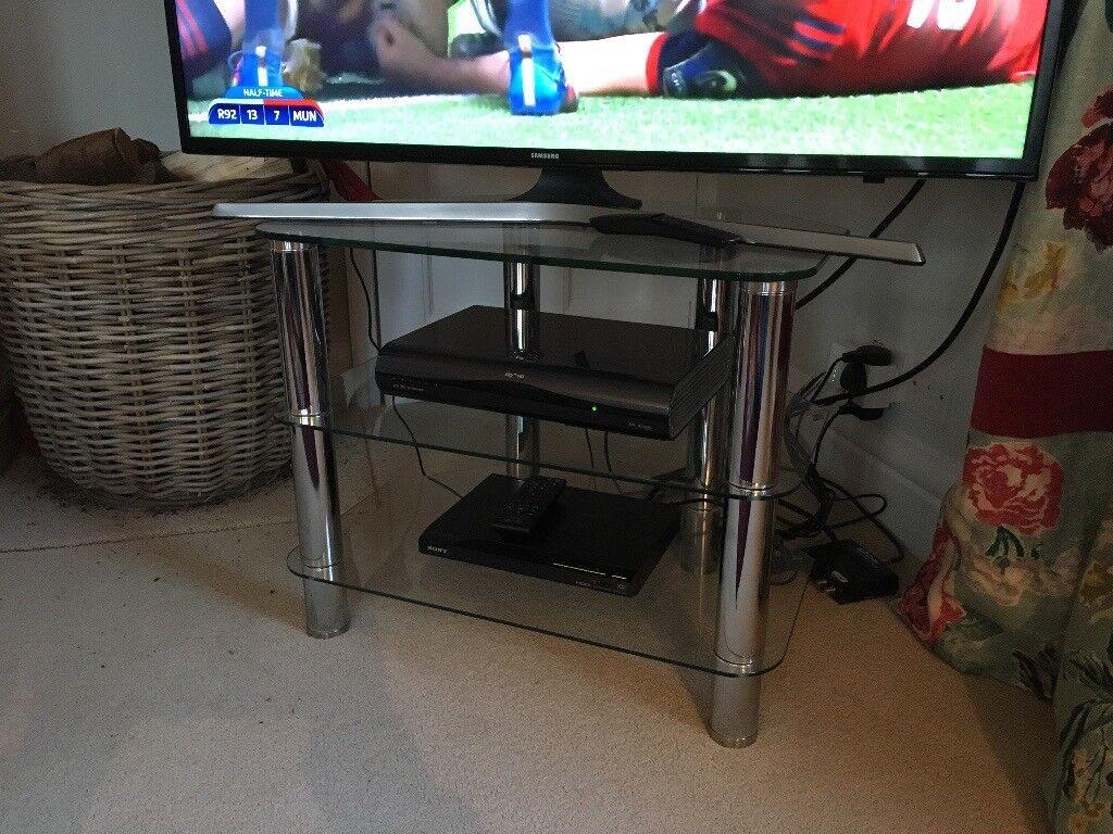 Glass & Chrome 3 shelf TV stand