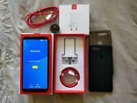 OnePlus 5T | 128GB/8GB RAM | FACTORY UNLOCKED | 7 MONTHS WARRANTY