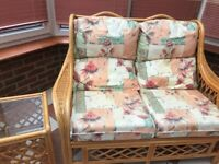 Floral Print Conservatory Furniture Chair Sofa and Side Table