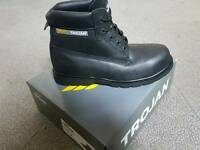 Trojan safety boots size 11