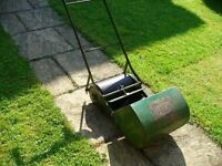 """Qualcast """"Panther """" Ball bearing Lawn Mower"""