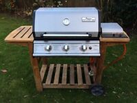 BBQ Barbeque 3 gas and 1 side burner, partially stainless steel, Great quality and easy to use