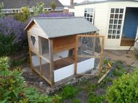 Large Outside Pet Home/Hutch/Coop For Rabbits, Guinea Pigs, Ferrets, Chickens or other Small Animals