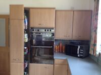 Intoto integrated kitchen ,double oven. fridge & freezer, hob. stainless steel sink, washer dryer