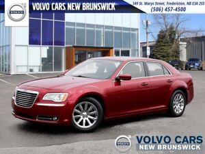 2013 Chrysler 300 Touring HEATED LEATHER | BACK UP CAM | SUNROOF
