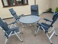 Isabella camping table and 4 chairs