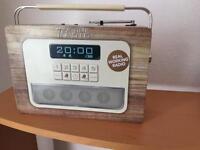 Real radio lunch box /tin