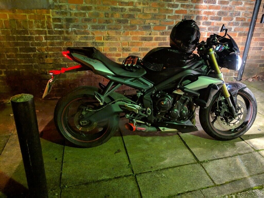 4cb2cf3df Triumph Street triple 675 2015 abs with loads extra