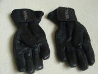 LADIES FRANK THOMAS MOTORCYCLE GLOVES - SMALL SIZE