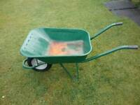 AEMMERLIN BUILDER WHEELBARROW