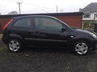 Ford Fiesta zetec black 1.25 74k miles 06 plate 1 previous owner