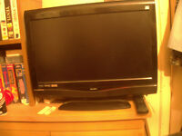 "COLOUR BUSH 22"" COMBI TV WITH REMOTE FOR SALE"