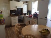 A stunning single bedroom available in the heart of stratford!