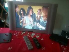 LCD TV WITH FREE VIEW BOX