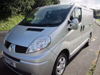 RENAULT TRAFIC SL27 SPORT DCi 115 in SILVER