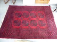 Large wool rug 170 cmx250 cm.Good condition