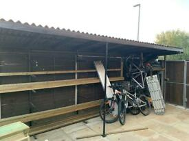 Shelter 5.67m x 1.5m corrugated bitumen