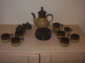 16 Piece Coffee Set. Brown/Fawn Stoneware effect.