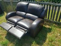 2 seater leather recliner *Free delivery