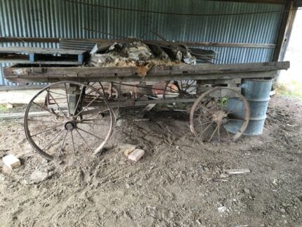 OLD TURN OF THE CENTURY DRAY CART