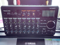 TASCAM DP 008EX POCKET STUDIO 32GB LIKE NEW