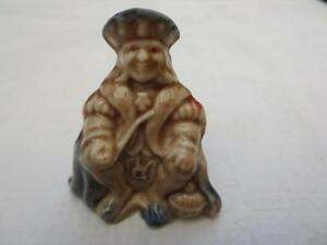 Red Rose Tea figurine..Old King Cole