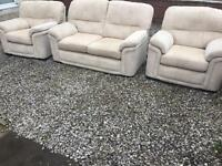 Like new Stokers 3 piece sofa suite hand made amazing luxury and comfort. Free delivery