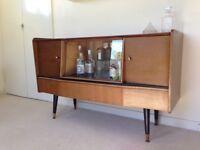 Vintage 1960s Cocktail / Drinks cabinet / Sideboard