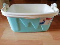 Coolbox (10L) with reusable freezer pack