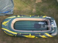 INTEX SEAHAWK INFLATABLE 4 MAN BOAT IN EXCELLENT LITTLE USED CONDITION (USED TWICE).
