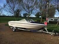 Speed boat bayliner 175