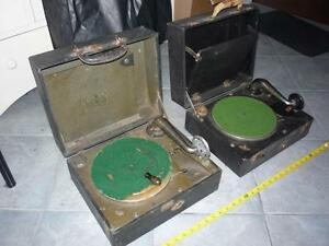 GRAMOPHONE CUB & Silvertone 1920 Antique portable playing 78 RPM