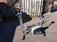 Cross / elliptical trainer and bike, 2 in 1.