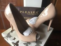 Pleaser high heel shoes size 5 brand new boxed