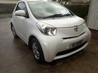 Toyota IQ Hatchback Manual 998 (cc) 2010 (late) 3 doors Pearlescent white free tax 60mpg bluetooth