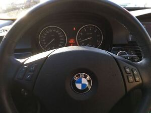 2011 BMW 3 Series **SALE PENDING**SALE PENDING** Kitchener / Waterloo Kitchener Area image 17