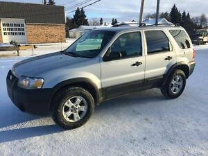 2005 Ford Ford Excape XLT AWD